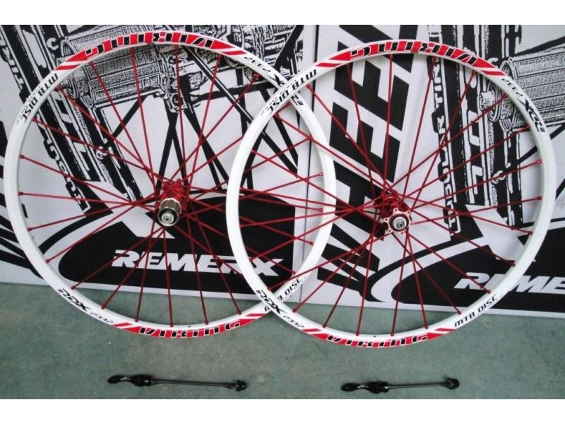 Zapletená kola Remerx 559 Viking, WA ráfek, červené špice, RED náboj 6 děr